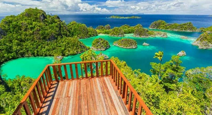most-favorite-tourism-in-indonesia-raja-ampat