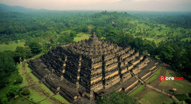 Borobudur-temple-yogyakarta-indonesia