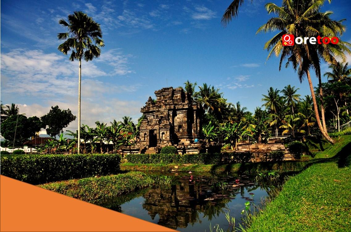 Pawon-Temple-Candi-Pawon